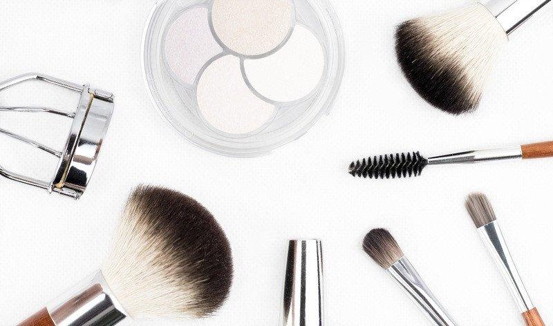brush-tool-fashion-makeup-make-up-eyelash-