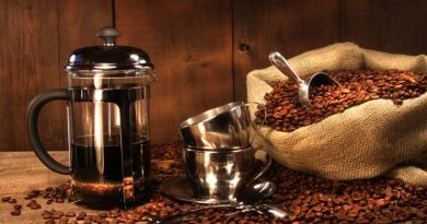 How to Use a French Press Coffee Maker Like a Pro